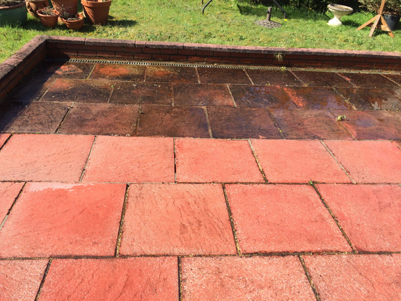 Patio cleaning Farnboriugh